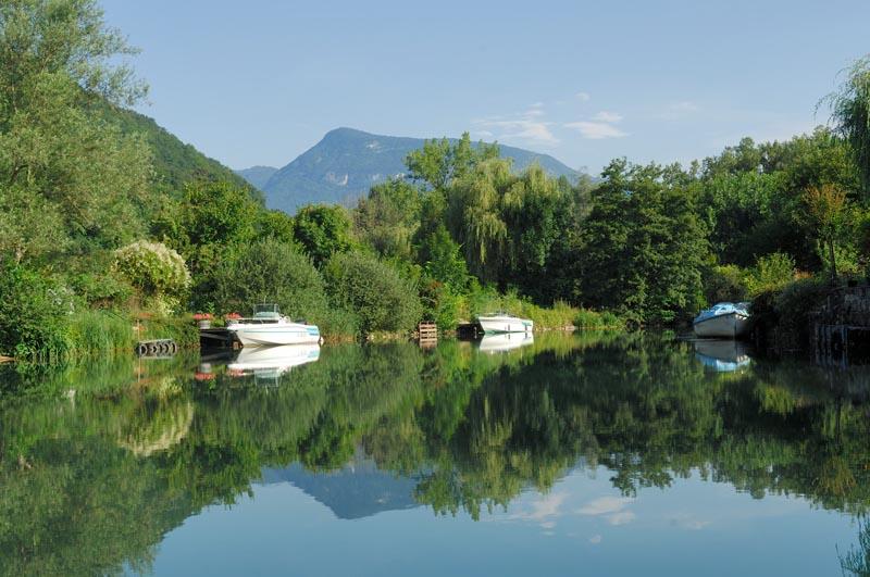 Canal_de_Savieres-CLBCK Rhôn'Ô Lac - rhonolac rhonolac.fr Chambéry Le Bourget canoë kayak Lac du Bourget navigation de nuit clair de lune Chanaz Conjux Aix les Bains Riviera