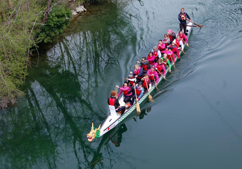 Dragon boat CLBCK Rhôn'Ô Lac - rhonolac rhonolac.fr Chambéry Le Bourget canoë kayak Lac du Bourget navigation de nuit clair de lune Chanaz Conjux Canal de Savière Aix les Bains Aix Riviera Hautecombe Savoie
